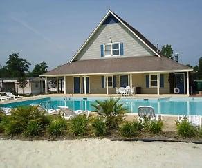 Pool, Avalon Park