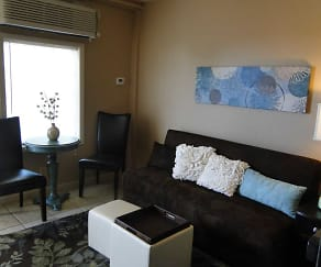 Living Room, Lion's Den Efficiency Apartments