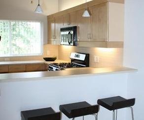 Kitchen, Amber Oak Townhomes