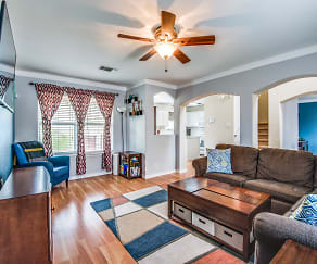 Living Room, 8526 Cherokee Rdg