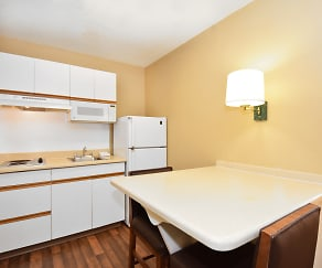 Kitchen, Furnished Studio - Seattle - Bellevue - Factoria
