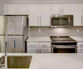 Kitchen, Overlook At Lakemont