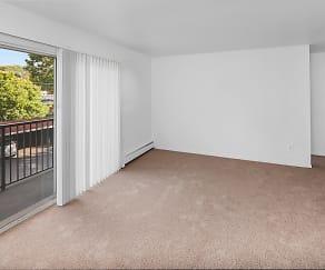 Spacious Balcony/Patio Areas; Warren Club in Warren, MI, Warren Club Apartments