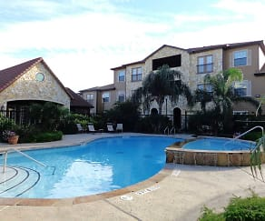 Pool, Gulf Breeze