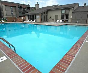 Pool, Independence Ridge