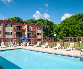 Pool, Boulder Court Apartments