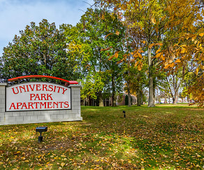 Community Signage, University Park Apartments