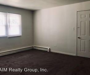 Bedroom, 1024-1036 E Division Street
