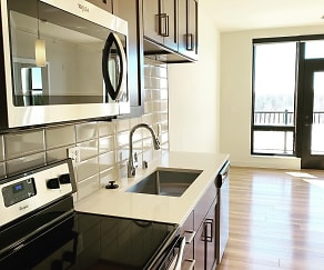 Kitchen, Statesman Apartments