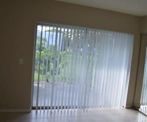 Living Room, 5070 Elmhurst Road F