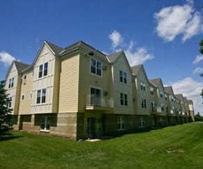Building, Maple Trails Apartments