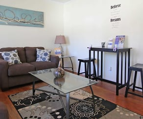 Living Room, The Meadows at Edgemont