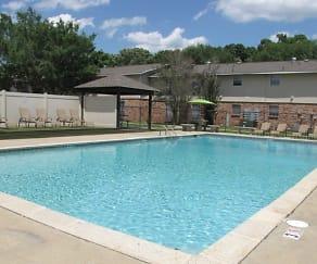 Pool, Hidden Pointe