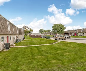Building, Briar Cliff Townhouses