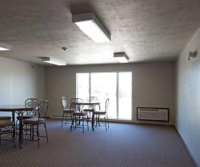 Clubhouse, Auburn Manor Apartments