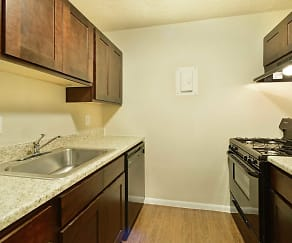 Kitchen, Reserve at South Pointe