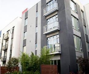 Building, Levare at Santana Row