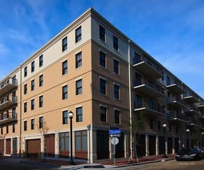 Building, Nine 27 Apartments