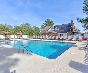 Pool, Peppertree Townhomes