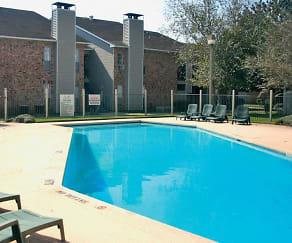 Pool, Jefferson Lakes