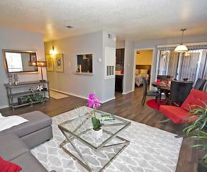 Living Room, 800 Link