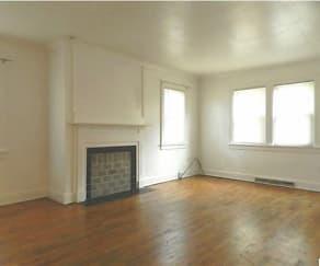 Living Room, 1013 Lilac