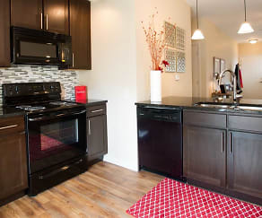 Unit Kitchen, SunSTONE Apartment Homes at Fox Ridge