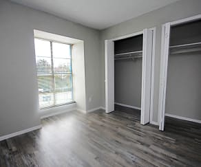 Bedroom, Highland Hills Apartments