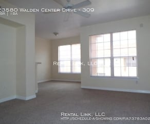 Living Room, 23580 Walden Center Drive - 309