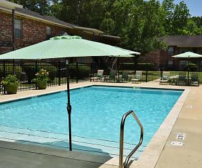 Pool, The Villas on Brightside