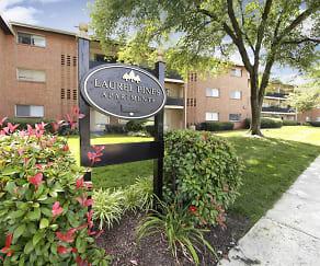 Community Signage, Laurel Pines