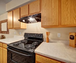 Kitchen, Summit Pointe Apartments