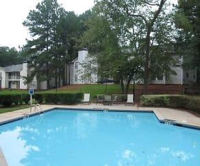 Pool, Park Estates
