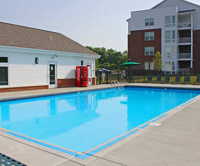 Pool, Bright Oaks Apartments