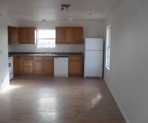 Kitchen, Blarney Stone Investments Apartments