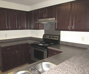 Kitchen, Deerbrooke Apartments