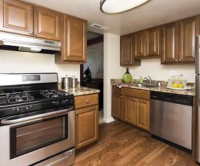 Kitchen, Cider Mill Apartments