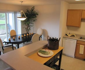 Dining Room, Cedar Villas Townhomes