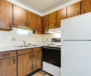 Kitchen, Summerset Apartments