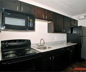 Kitchen, 214 Randolph St