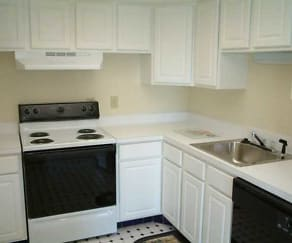 Kitchen, Clifton Park & Clifton House Apartments