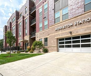 Building, Middleton Station Apartments