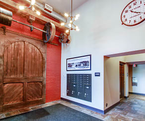 Foyer, Entryway, Warehouse 71