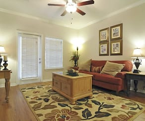 Living Room, Wynnewood at Wortham