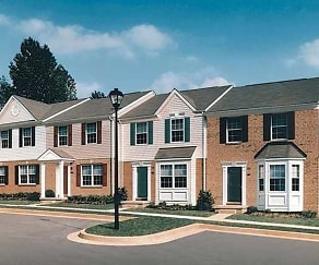Building, Carlson Woods Townhomes