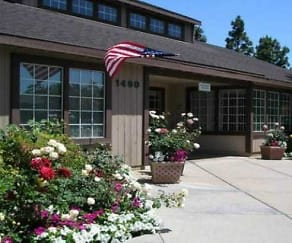 Rose Pointe Apartments, Fullerton, CA