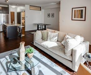Living Room, 1800 Lake Apartments