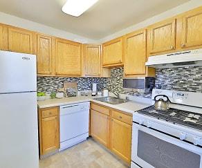 Kitchen, Gwynn Oaks Landing