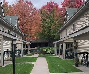 Promenade Oaks