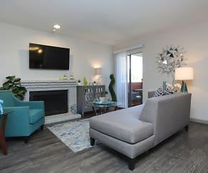 Apartments Under $600 in Dallas, TX   ApartmentGuide.com